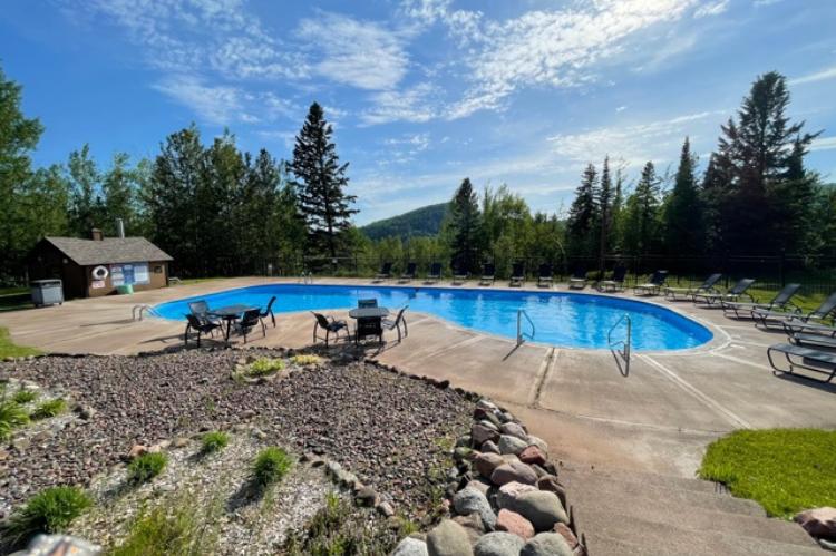 Swimming pool Lutsen
